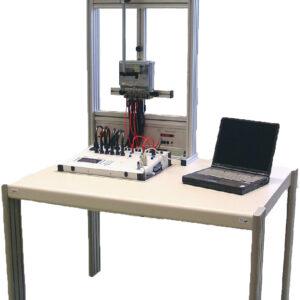 Sistema de calibração de medidores de energia elétrica de múltiplas posições